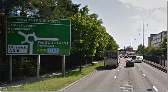 M4高速への道標画像17
