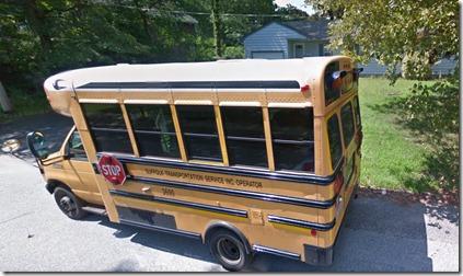 スクールバス画像